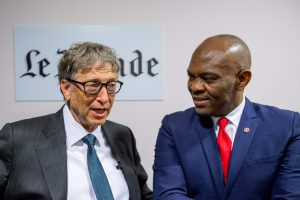 tony-o-elumelu-et-bill-gates-au-club-de-leconomie